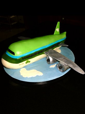 Chocolate Biscuit Cake Plane