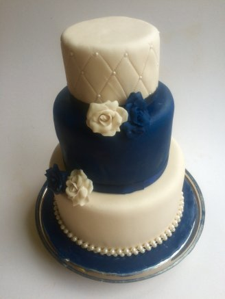 Classic Rose's Tiered Cake