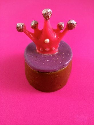Princess's Crown chocolate biscuit cake
